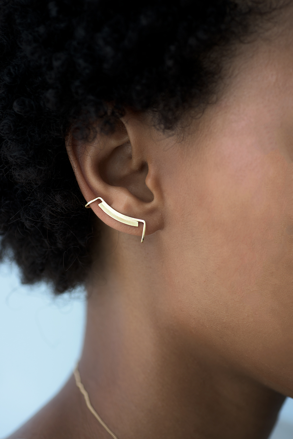 Knobbly Studio - Crop - Line+Surface Ear Cuff