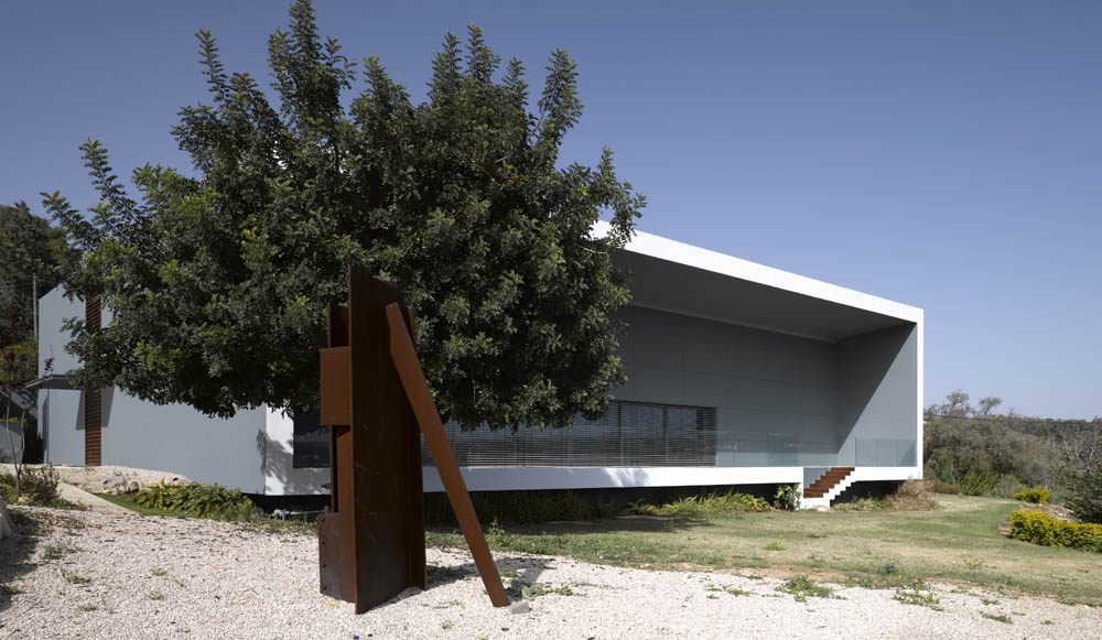 Gottesman Etching Center at Kibbutz Cabri. Photo Credit: Amit Geron)